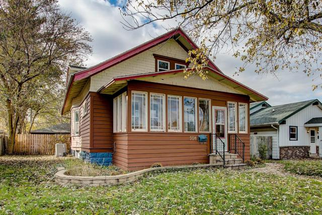 508 S Grand Ave, Waukesha, WI 53186 (#1612527) :: Tom Didier Real Estate Team