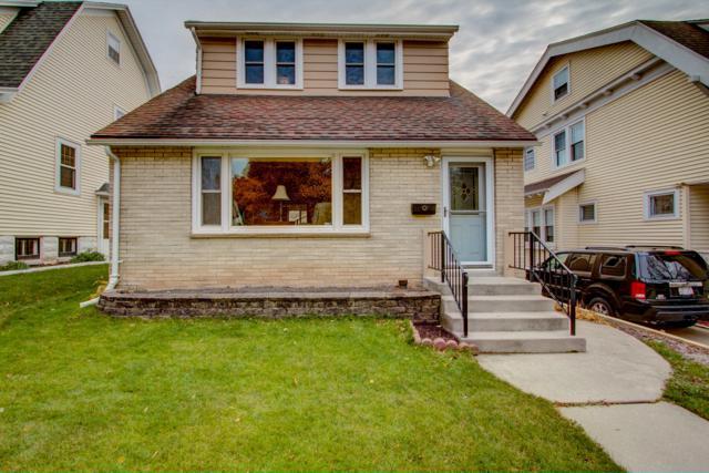 3552 N Murray Ave, Shorewood, WI 53211 (#1612624) :: Vesta Real Estate Advisors LLC
