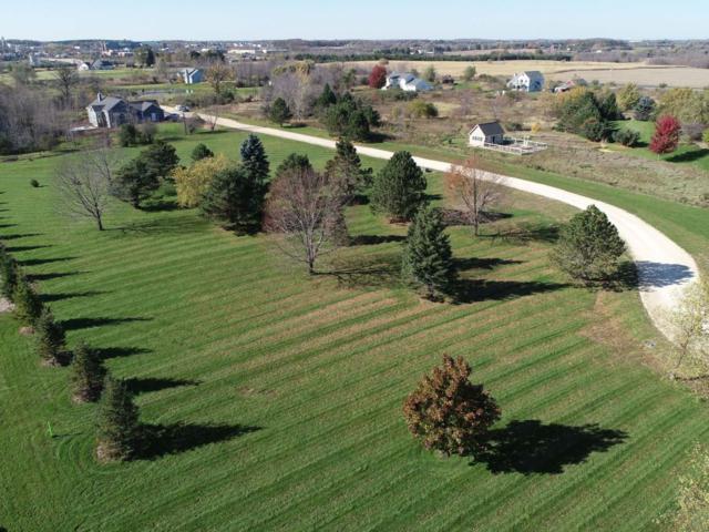 1121 County Road C, Grafton, WI 53024 (#1612731) :: Tom Didier Real Estate Team