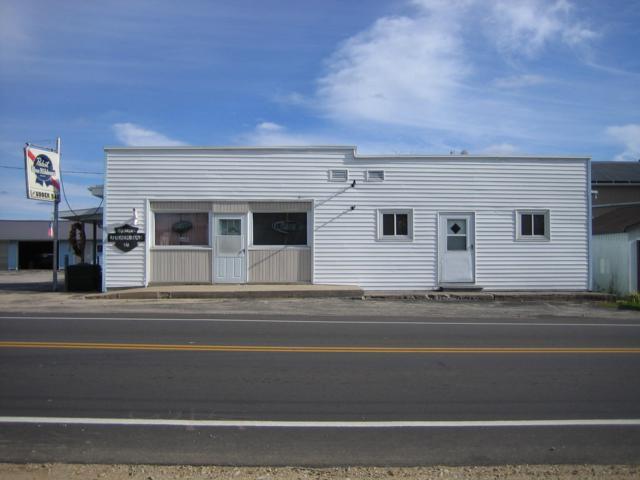 7716 County Road B, Spruce, WI 54154 (#1612845) :: Tom Didier Real Estate Team
