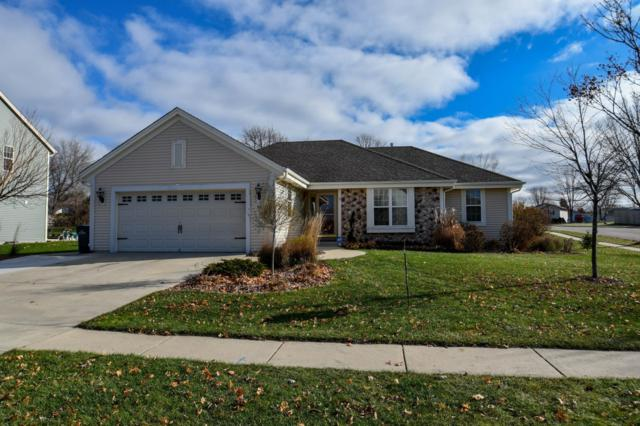 725 Chadwick Dr, Watertown, WI 53094 (#1614234) :: Tom Didier Real Estate Team