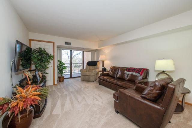 1600 W Green Tree Rd #209, Glendale, WI 53209 (#1615004) :: Vesta Real Estate Advisors LLC