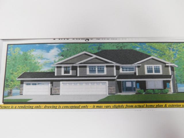 W47N823 Bobolink Ave, Cedarburg, WI 53012 (#1615031) :: Tom Didier Real Estate Team