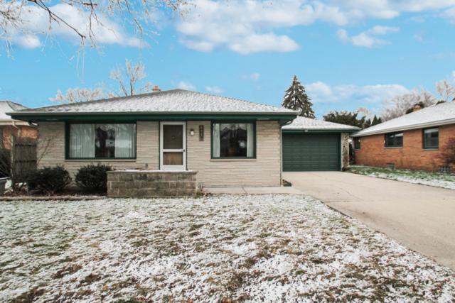 4230 N 94th St, Wauwatosa, WI 53222 (#1615254) :: Vesta Real Estate Advisors LLC