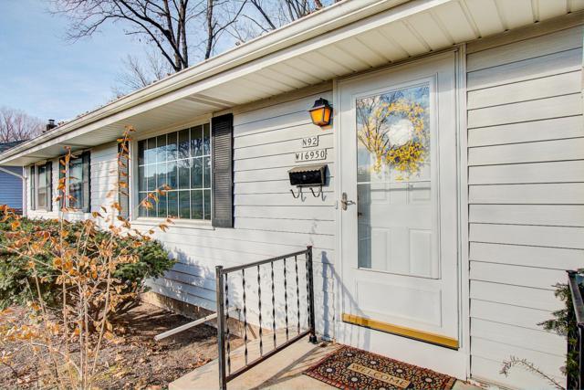 N92W16950 Forest Dr, Menomonee Falls, WI 53051 (#1615492) :: Vesta Real Estate Advisors LLC