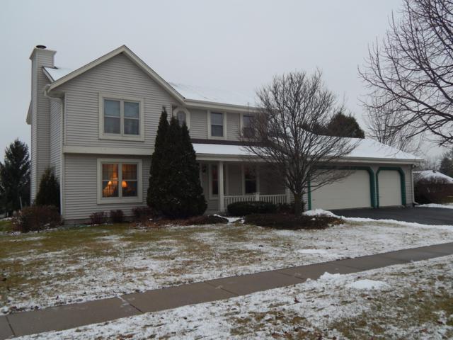 W208N16541 Glen Hill Dr, Jackson, WI 53037 (#1615676) :: Tom Didier Real Estate Team