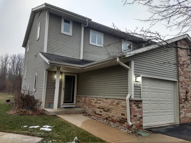 198 Country Ct #4, Delafield, WI 53018 (#1615681) :: RE/MAX Service First
