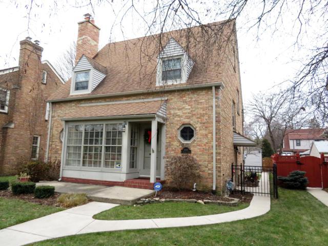 4463 N Ardmore Ave, Shorewood, WI 53211 (#1616050) :: Vesta Real Estate Advisors LLC