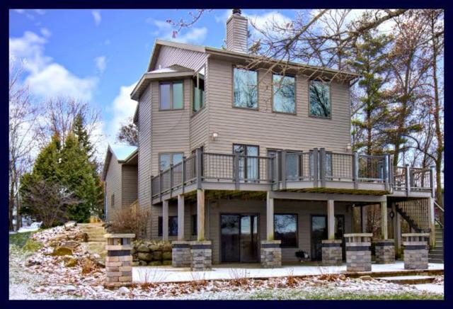 N6282 Korth Highlands Rd, Lake Mills, WI 53551 (#1616070) :: RE/MAX Service First