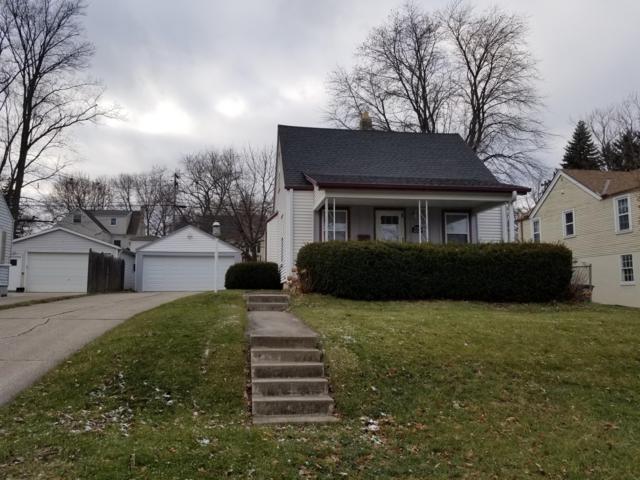 W163N8533 Arthur Ave, Menomonee Falls, WI 53051 (#1616106) :: Vesta Real Estate Advisors LLC