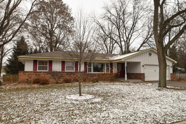 1005 Christopher Ct, Oconomowoc, WI 53066 (#1616138) :: RE/MAX Service First