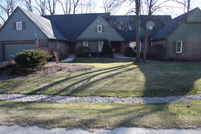 12404 N Golf Dr, Mequon, WI 53092 (#1616190) :: Tom Didier Real Estate Team