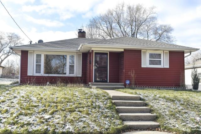 1010 N Greenfield Ave, Waukesha, WI 53186 (#1616239) :: RE/MAX Service First