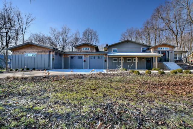 8525 S 44th St, Franklin, WI 53132 (#1616249) :: Vesta Real Estate Advisors LLC