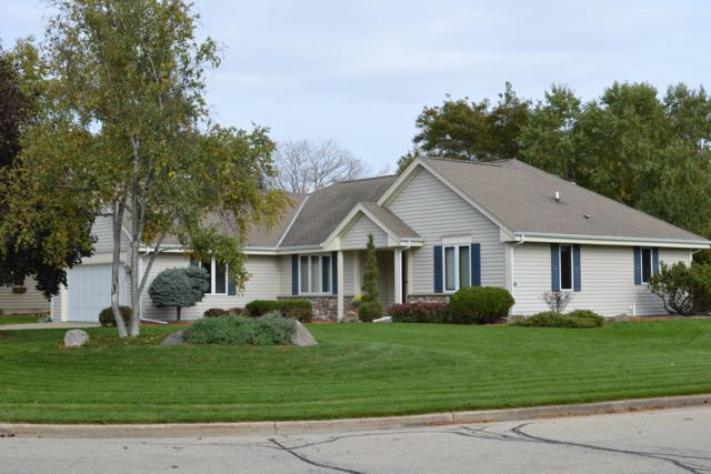 7724 S Weeping Willow Ct, Franklin, WI 53132 (#1616258) :: Vesta Real Estate Advisors LLC