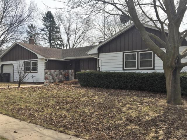 250 E Greenwood St, Jefferson, WI 53549 (#1616266) :: RE/MAX Service First