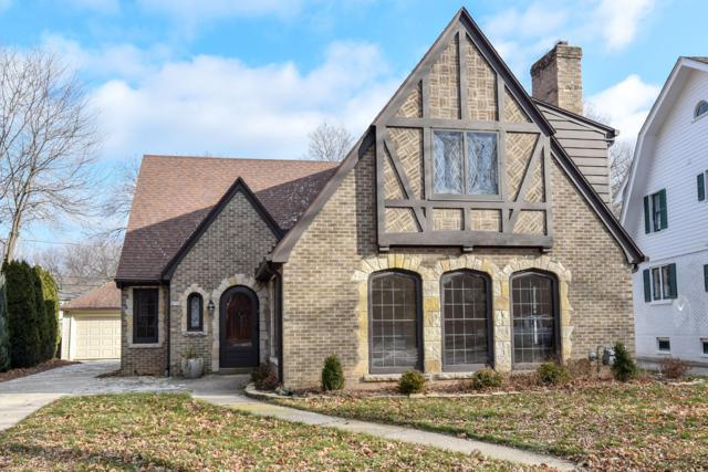 4750 N Newhall St, Whitefish Bay, WI 53211 (#1616409) :: Tom Didier Real Estate Team