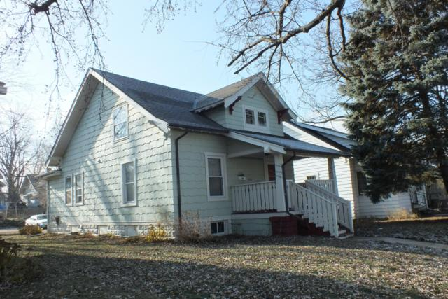 221 Wilson Ave #223, Waukesha, WI 53186 (#1616496) :: RE/MAX Service First