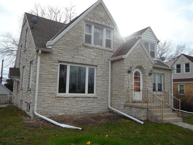 2819 E Layton Ave, Cudahy, WI 53110 (#1616583) :: Tom Didier Real Estate Team
