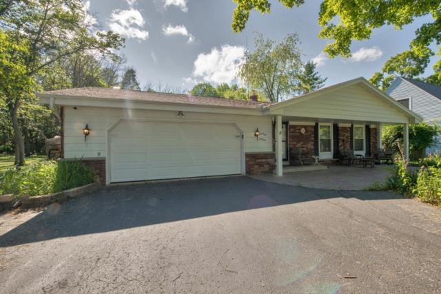 9561 S Nicholson Rd, Oak Creek, WI 53154 (#1616911) :: Vesta Real Estate Advisors LLC