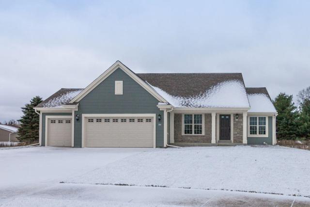 502 Meadowbrook Ct, Slinger, WI 53086 (#1616977) :: Tom Didier Real Estate Team