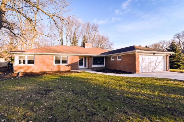 7308 N Crossway Rd, Fox Point, WI 53217 (#1617097) :: Tom Didier Real Estate Team