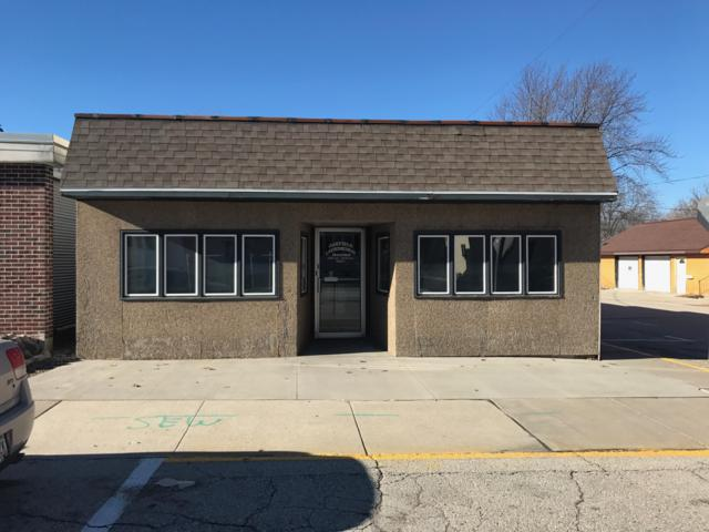 140 N Main St, Oakfield, WI 53065 (#1617255) :: Tom Didier Real Estate Team
