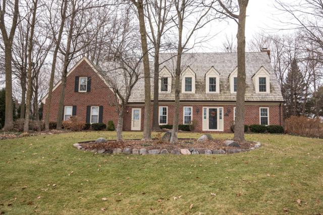 2505 Chanticleer Ct, Brookfield, WI 53045 (#1617717) :: Vesta Real Estate Advisors LLC
