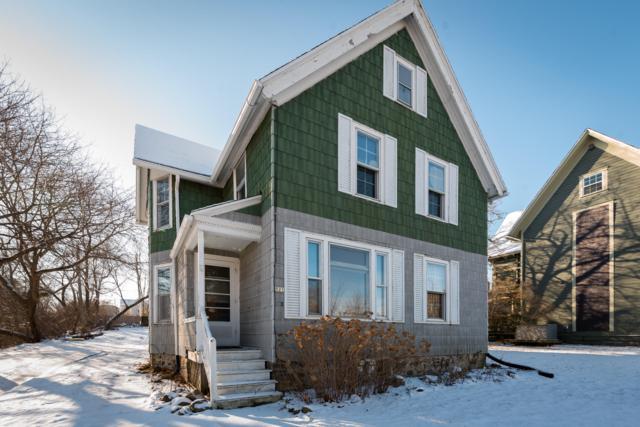 521 W Grand Ave #523, Port Washington, WI 53074 (#1618366) :: Tom Didier Real Estate Team