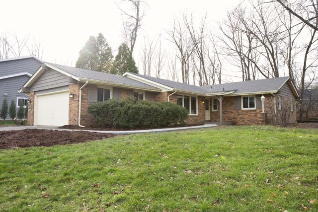 N82W16023 Valley View Dr, Menomonee Falls, WI 53051 (#1618774) :: Tom Didier Real Estate Team