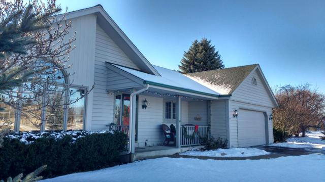 N76W16061 Hunters Ridge Cir, Menomonee Falls, WI 53051 (#1619950) :: Vesta Real Estate Advisors LLC