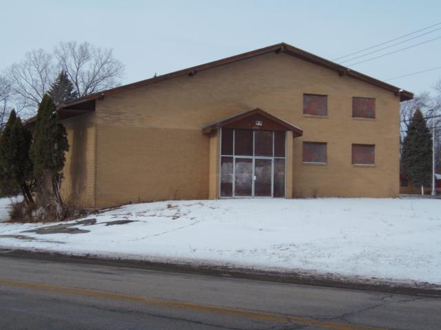 12140 W Beloit Rd, Greenfield, WI 53228 (#1620035) :: Vesta Real Estate Advisors LLC