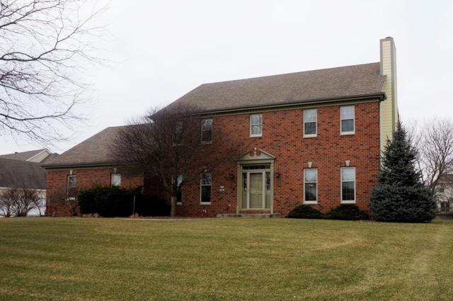W135N6463 Lakewood Dr, Menomonee Falls, WI 53051 (#1620074) :: Vesta Real Estate Advisors LLC