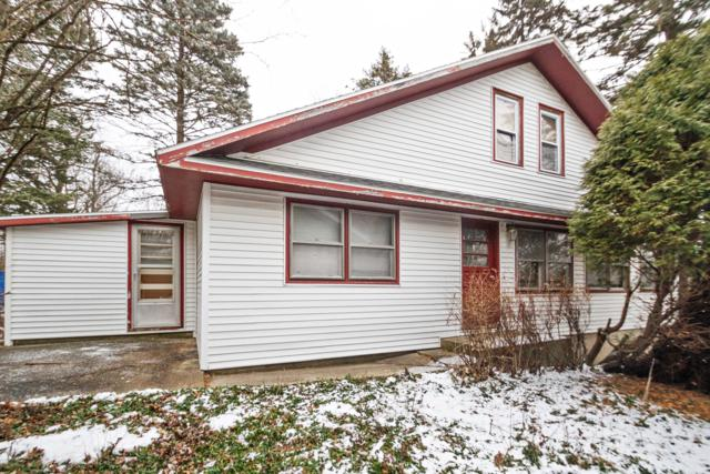W3670 Lakeview Ave, Linn, WI 53147 (#1620201) :: Tom Didier Real Estate Team