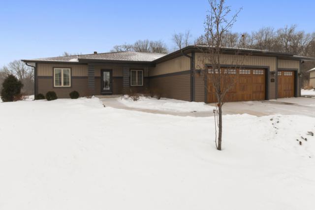 1050 Cumberland Trl, Lake Geneva, WI 53147 (#1620532) :: Tom Didier Real Estate Team