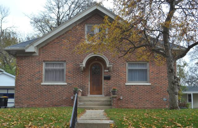 1812 Underwood Ave, Wauwatosa, WI 53213 (#1620537) :: eXp Realty LLC