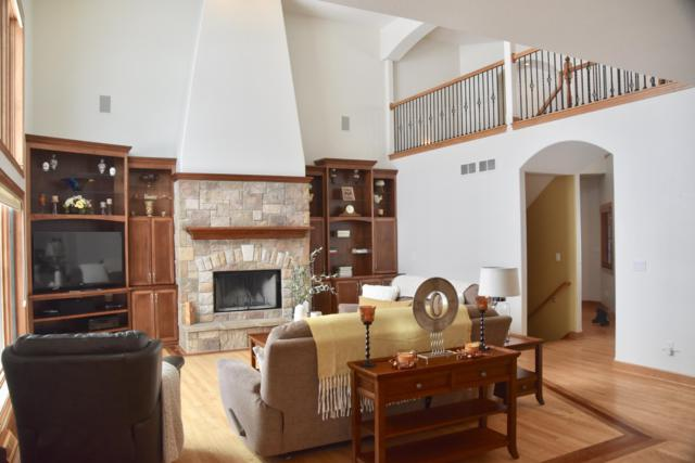 1156 Four Winds Way, Hartland, WI 53029 (#1620704) :: Tom Didier Real Estate Team