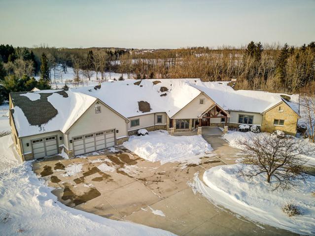 10788 Cedar Creek Rd, Cedarburg, WI 53012 (#1621635) :: Tom Didier Real Estate Team