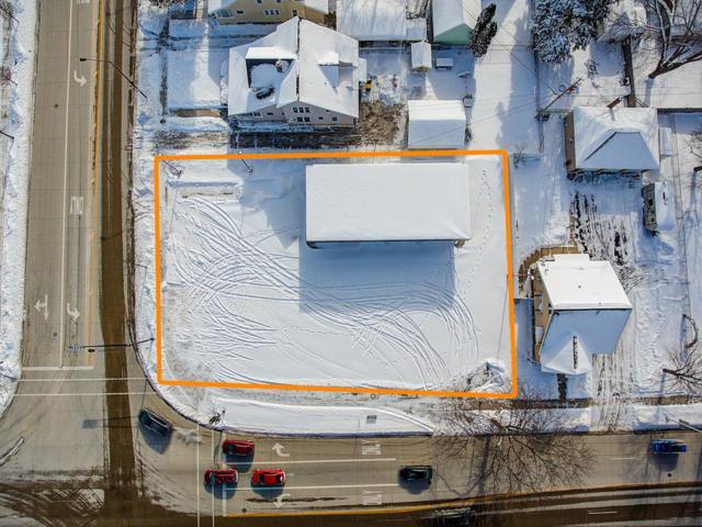 446 N Main St, Fond Du Lac, WI 54935 (#1621677) :: Tom Didier Real Estate Team