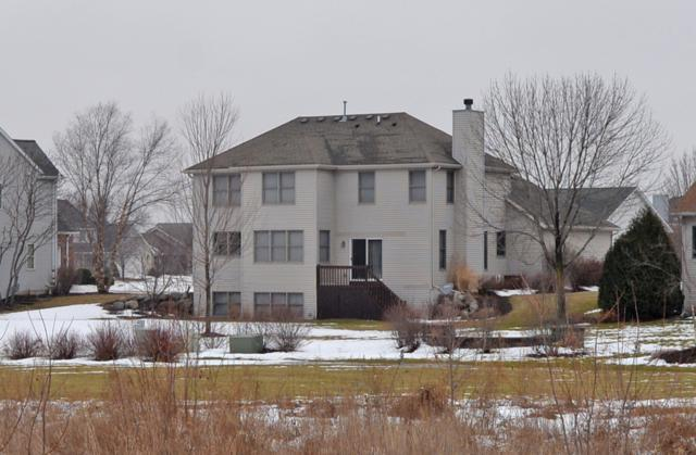 8042 East Ridge Dr, Pleasant Prairie, WI 53158 (#1621915) :: eXp Realty LLC
