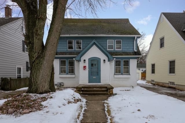 5939 N Shoreland Ave, Whitefish Bay, WI 53217 (#1622079) :: Tom Didier Real Estate Team