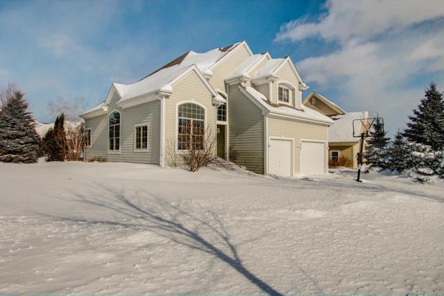 404 Bobolink Ave, Grafton, WI 53024 (#1622437) :: Tom Didier Real Estate Team