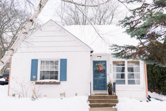 6260 N Lydell Ave, Whitefish Bay, WI 53217 (#1622675) :: eXp Realty LLC