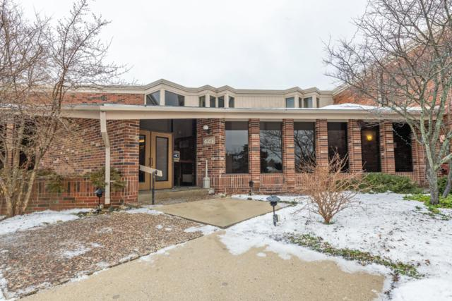 425 W Willow Ct #142, Fox Point, WI 53217 (#1622709) :: eXp Realty LLC