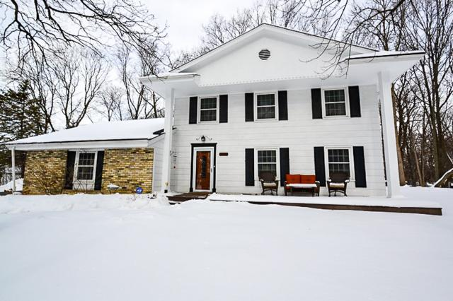 2305 S Graylog Ln, New Berlin, WI 53151 (#1622805) :: RE/MAX Service First