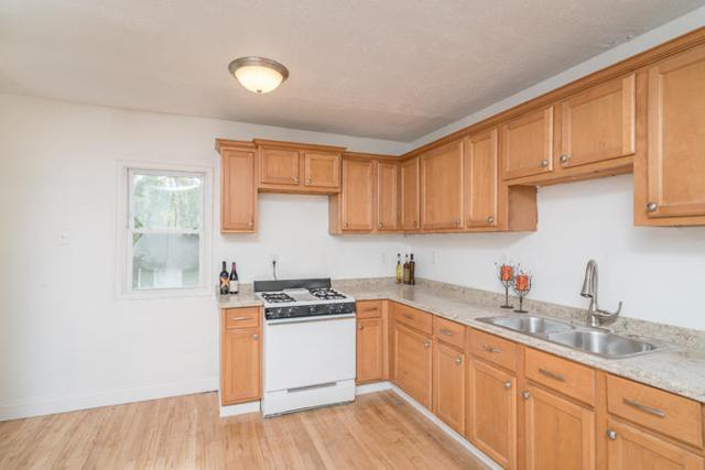 1203 Beechwood Ave, Waukesha, WI 53186 (#1622871) :: RE/MAX Service First