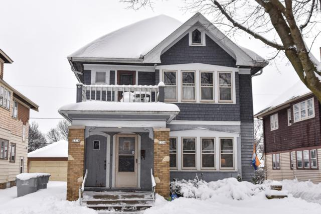 2336 N 56th St #2338, Milwaukee, WI 53210 (#1622876) :: RE/MAX Service First