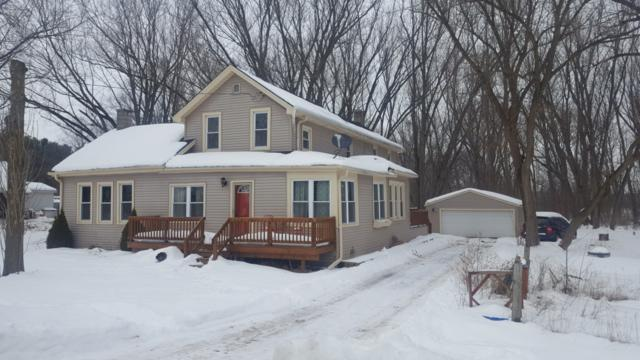W172 County Road D, Spring Prairie, WI 53105 (#1622920) :: eXp Realty LLC