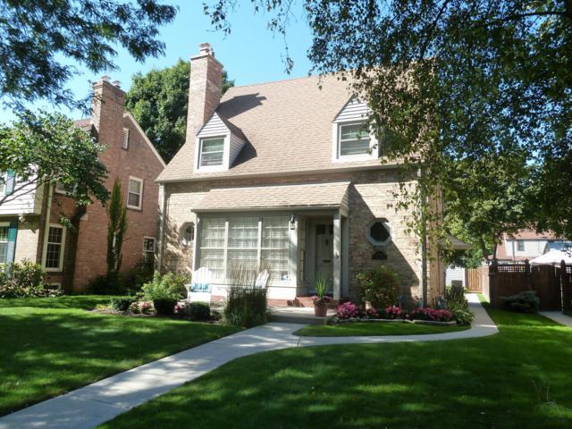 4463 N Ardmore Ave, Shorewood, WI 53211 (#1622953) :: Tom Didier Real Estate Team