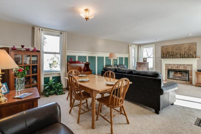 4810 N Elkhart Ave, Whitefish Bay, WI 53217 (#1623071) :: RE/MAX Service First